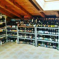 Collezione bottiglie di birra vuote