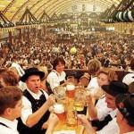 Italiani pazzi per l'Oktoberfest: +45% di prenotazioni per volare a Monaco