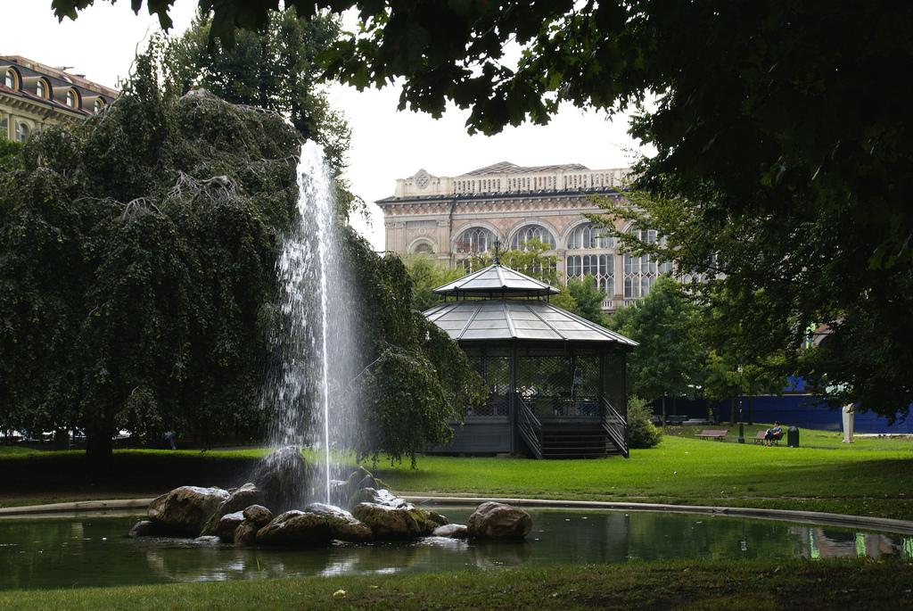 Beertour tra le bellezze della capitale sabauda parte 1 - Turin porta nuova ...