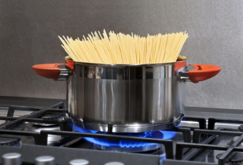 spaghetti in a saucepan