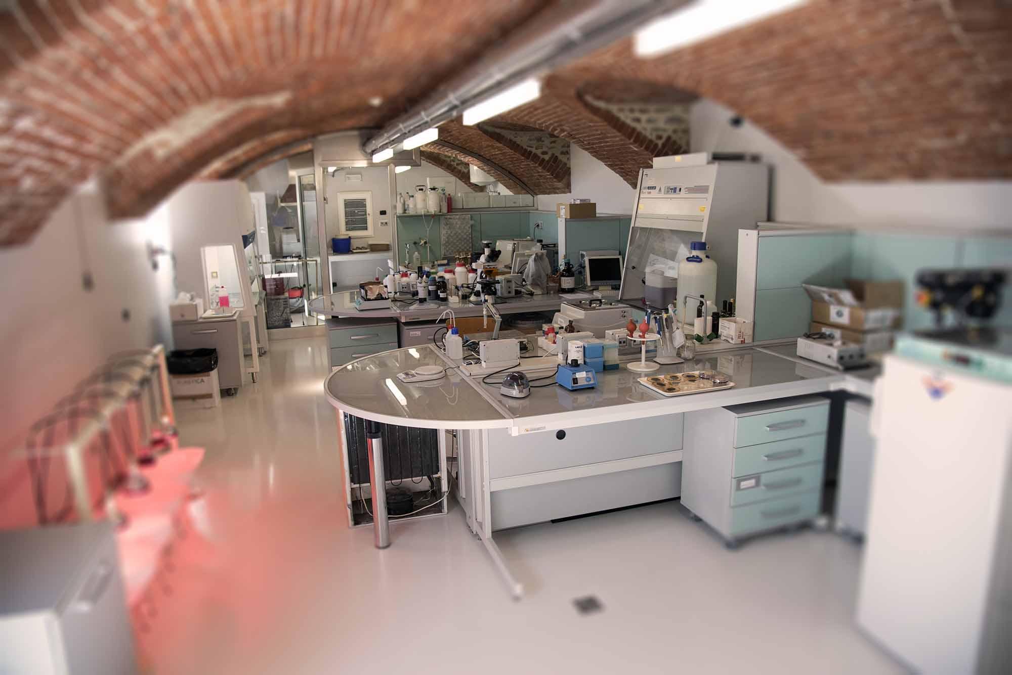 Analisi su Birra: come scegliere un laboratorio a cui affidarsi?