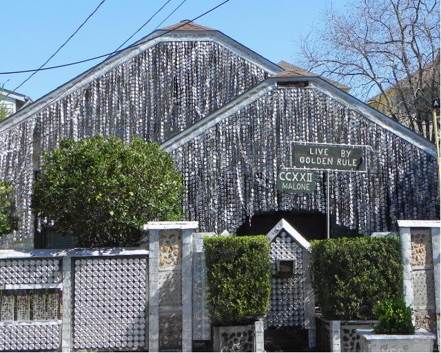 The Beer Can House: a Houston la casa museo fatta di 50.000 lattine