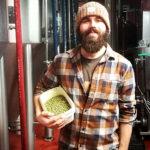 Un galletto, qualche birra e molte risate: l'intervista a Davide Strano!