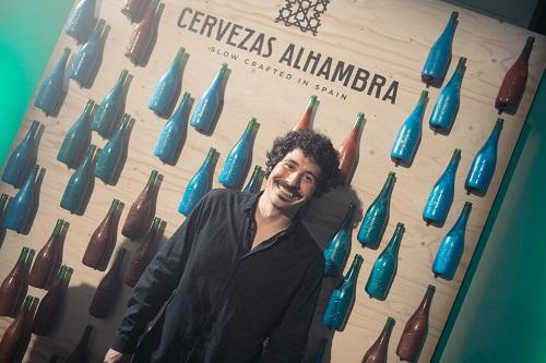 Cervezas Alhambra presenta in Italia la special edition firmata dall'artista Alan Sastre!