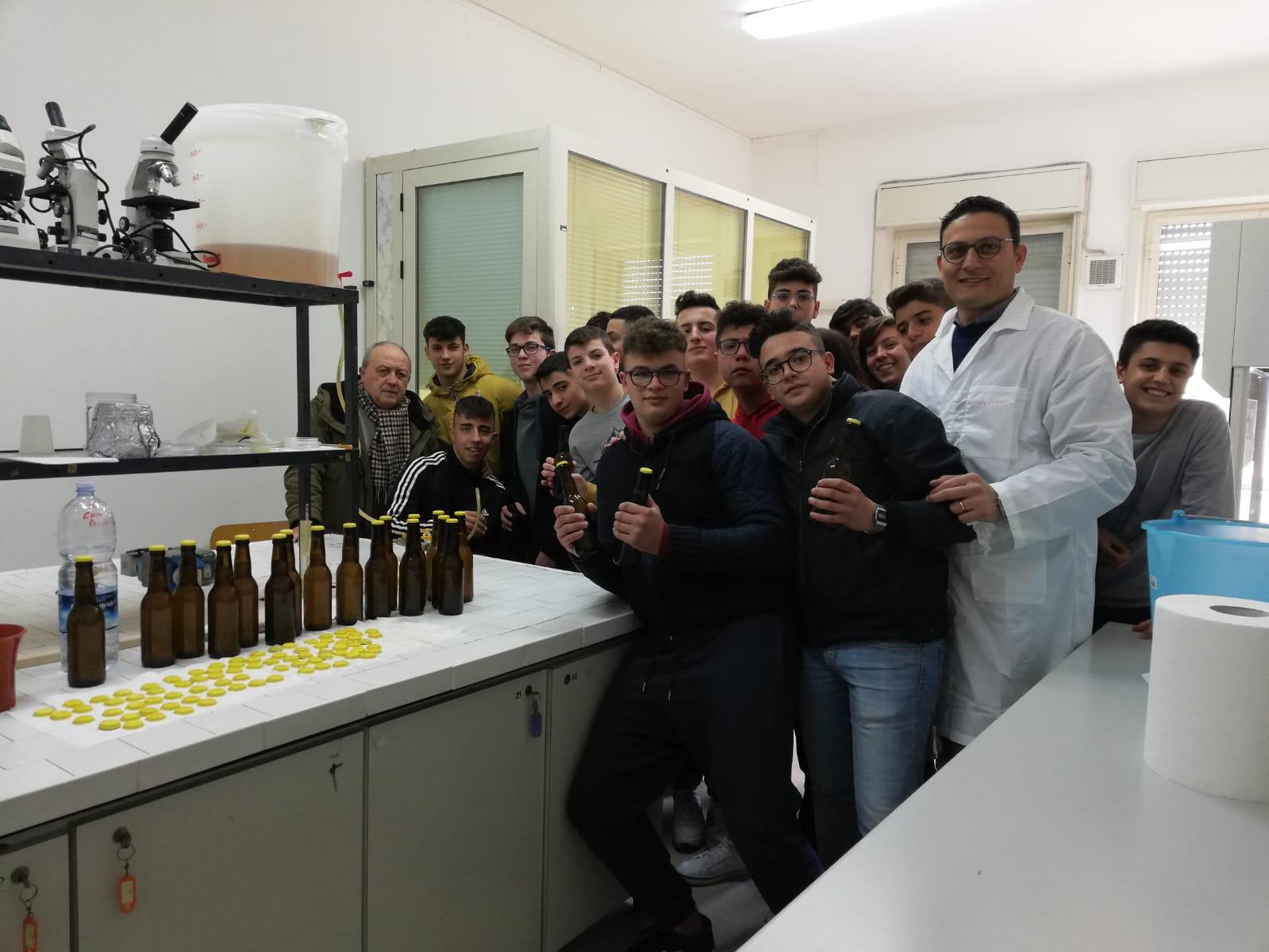 A Vittoria, la birra entra nella scuola!
