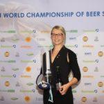 La tedesca Elisa Raus è la nuova campionessa mondiale dei Biersommelier!