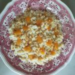 Risotto gorgonzola e noci con pere caramellate alla birra