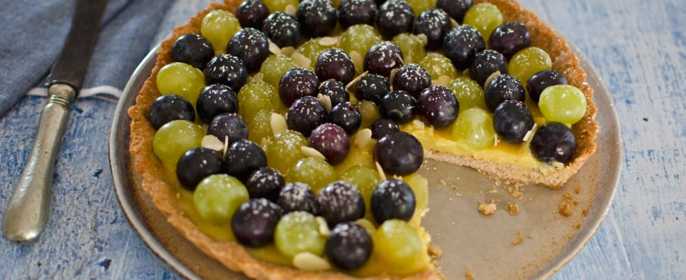 Crostata all'uva con crema alla IGA