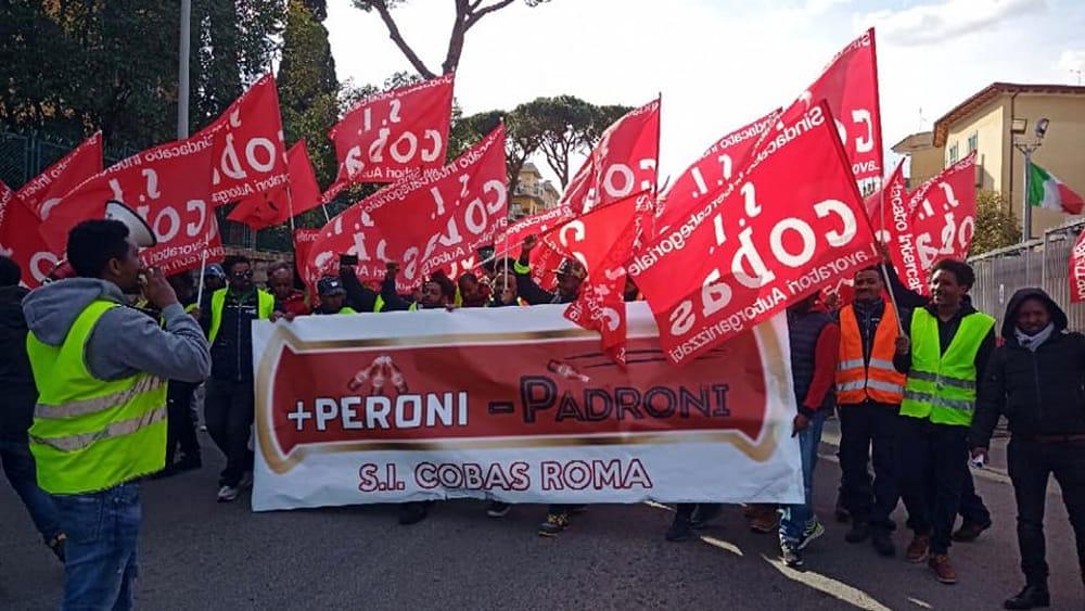 Facchini birra Peroni, non si ferma la protesta
