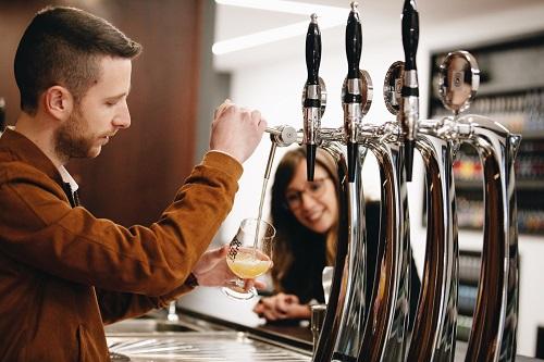 """Scopriamo il """"dietro le quinte"""" della birra: Timossi, leader della distribuzione nel Nord – Ovest"""