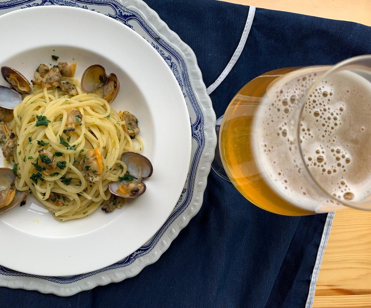 Spaghetti alle vongole e birra