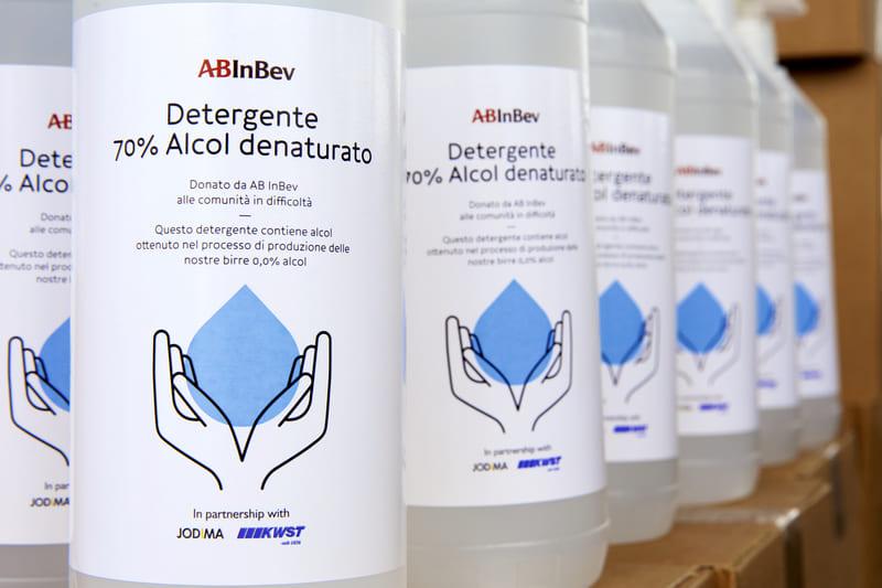 AB InBev trasforma la birra in disinfettante per essere al fianco della sanità italiana