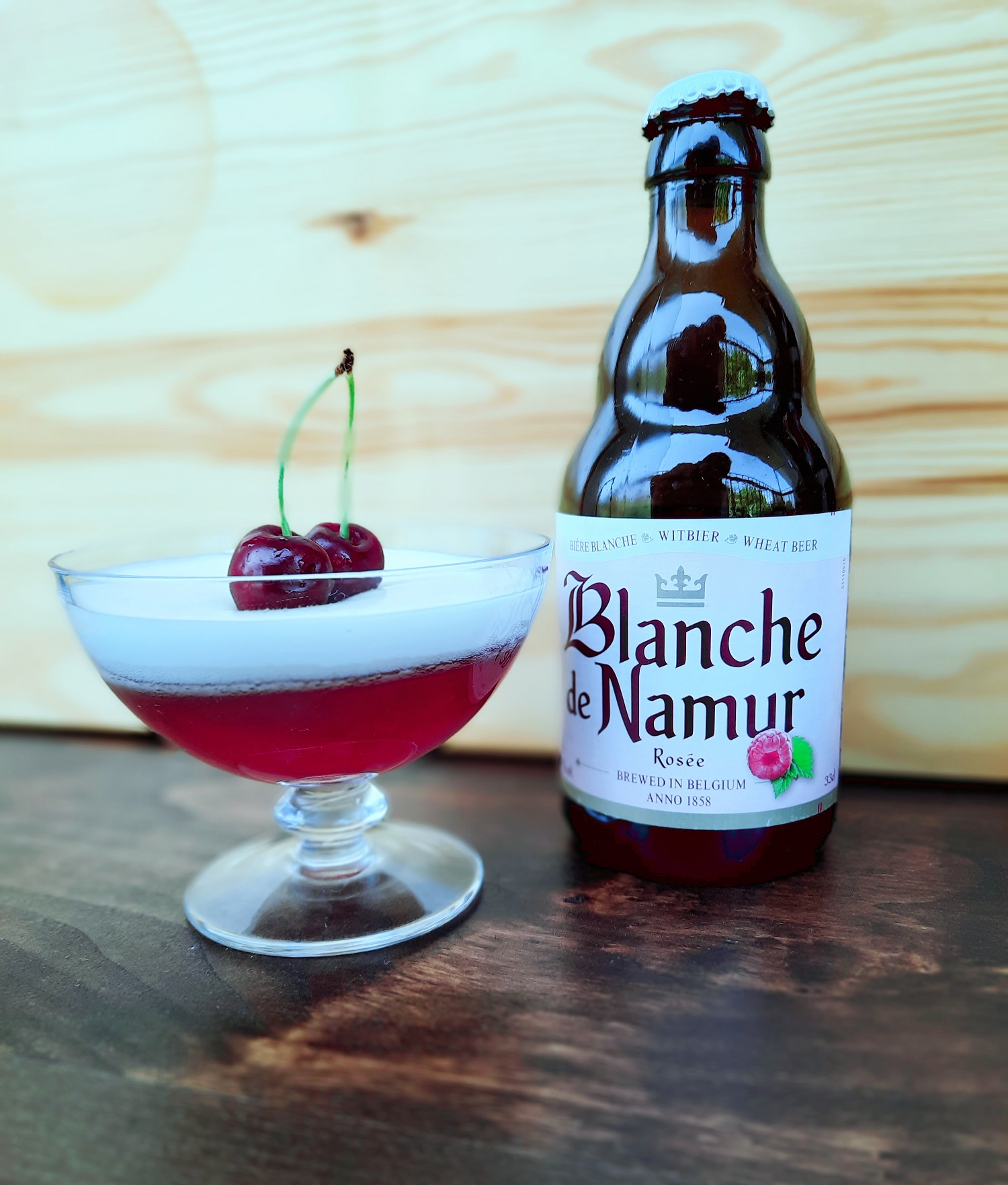Panna cotta bicolore alla Blanche de Namur Rosée