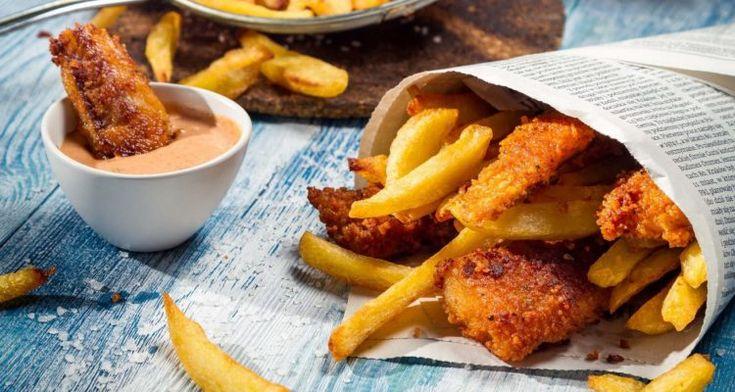 Fish and chips di salmone marinato alla stout