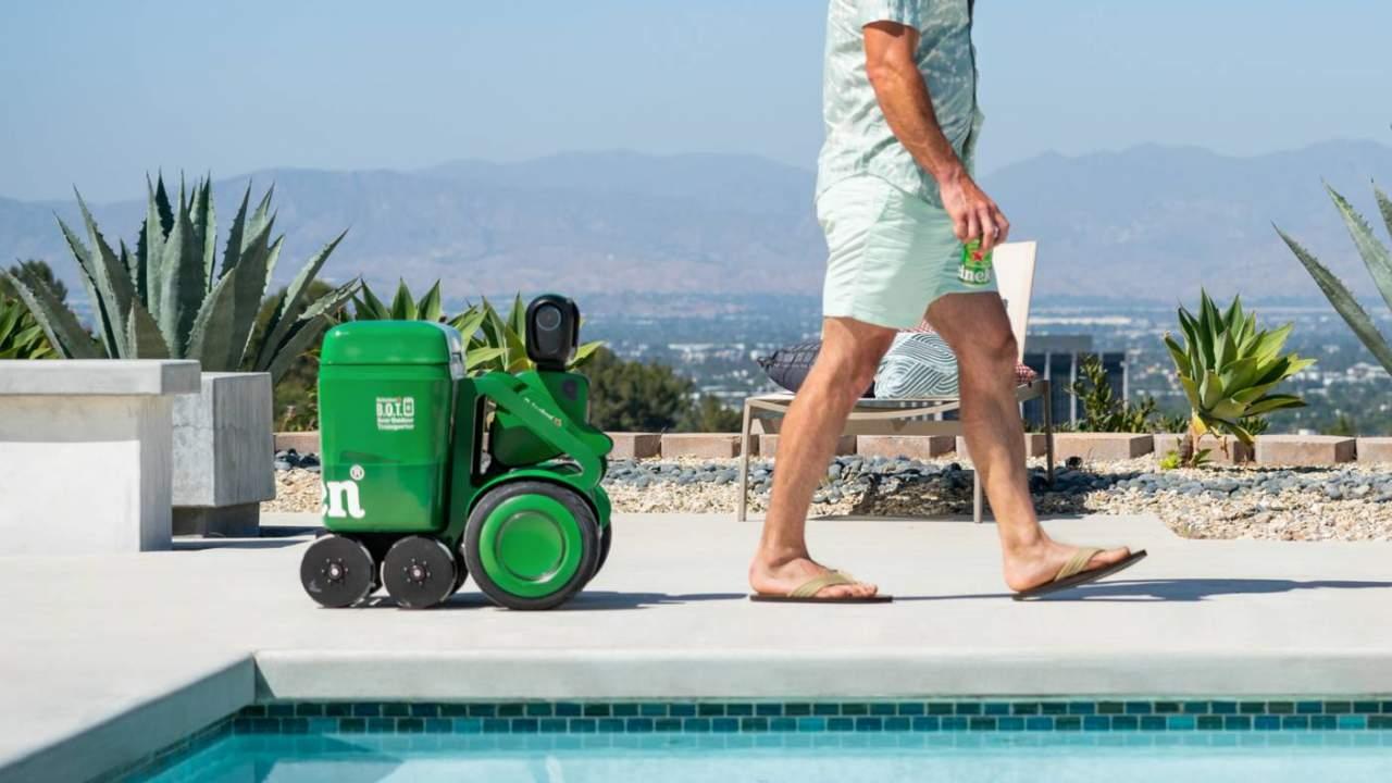 Heineken BOT: ecco il frigorifero smart che vi segue ovunque!