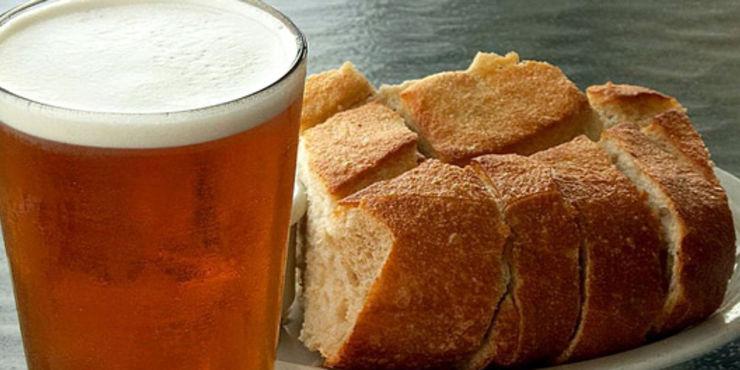 Anche la Sardegna ha la sua prima birra dal pane invenduto